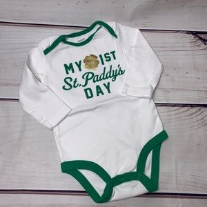 Carter's • St. Paddy's Day onesie 6 mos